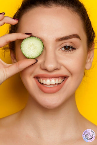 Most people in the world struggle with dark circles due to stress, genetics or over exertion. The reasons may be plenty but the solutions are far easier, natural and 100% effective!