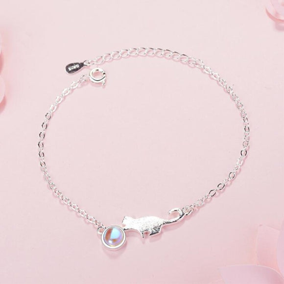 Sterling Silver Cute Kitty Moonstone Bracelet - KittyCatPurrfect
