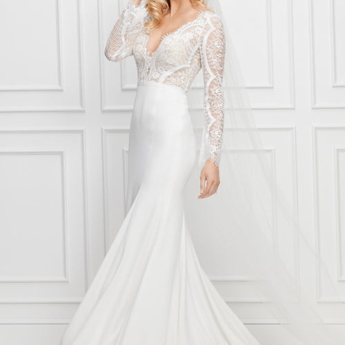 Bradley Unbeaded 13716P Brand New Wedding Dress by Wtoo Watters 𝗢𝗻𝗹𝗶𝗻𝗲 𝗘𝘅𝗰𝗹𝘂𝘀𝗶𝘃𝗲 in Size 8US (12UK) Colour Ivory