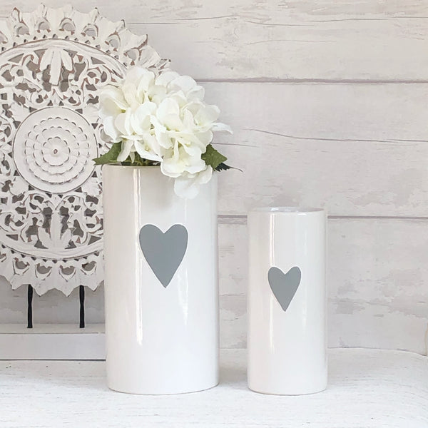 Set of 2 white heart vases