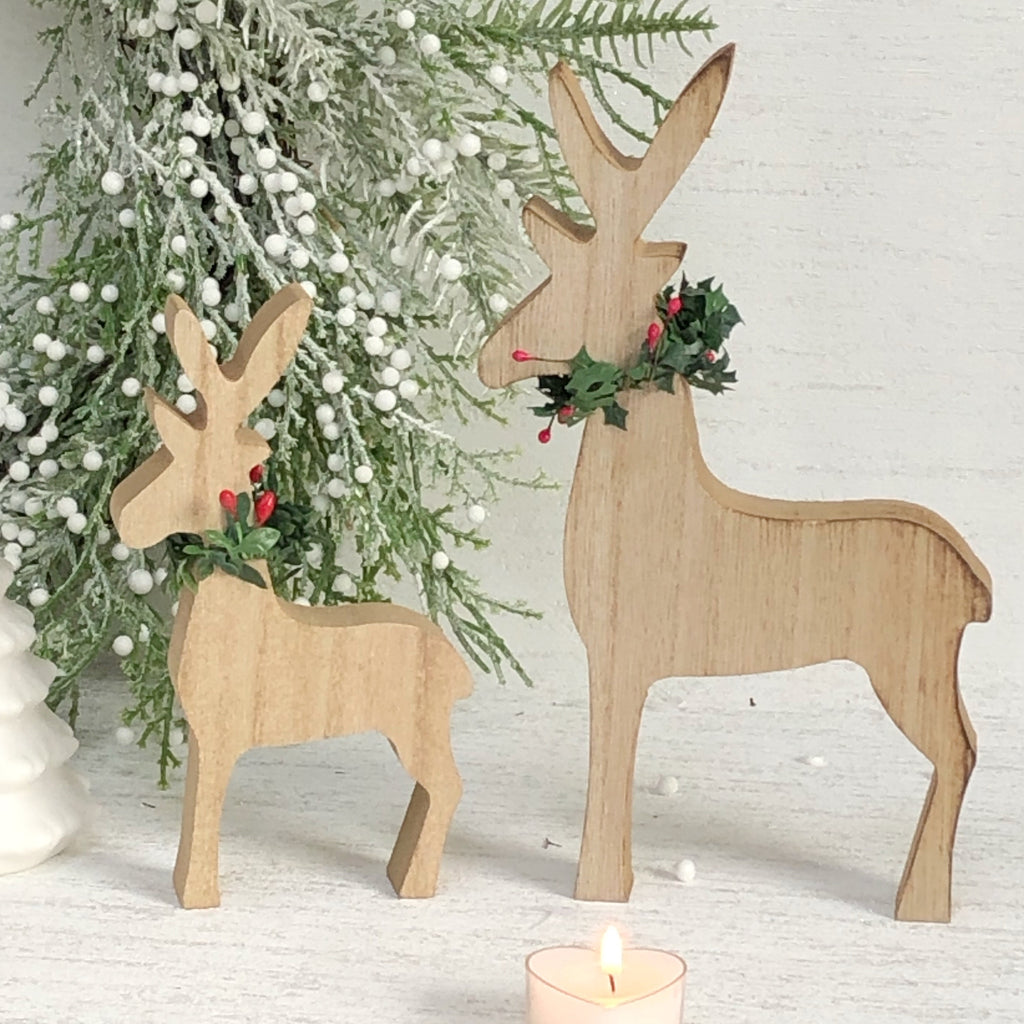 Set of 2 - Reindeer with Berry  Scarf