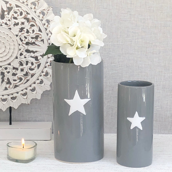 Set of 2 Grey Star vases