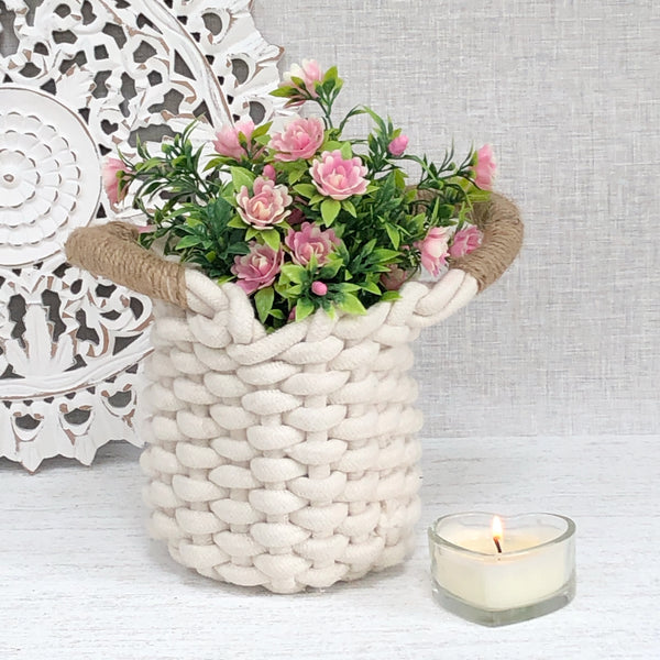 Small Chunky Knit Basket