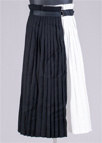 Two-Tone Ribbon Belt Pleated Skirt
