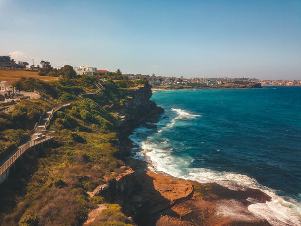 Sydney's coastal walk and ocean on a hot and sunny day - Free Stock Image