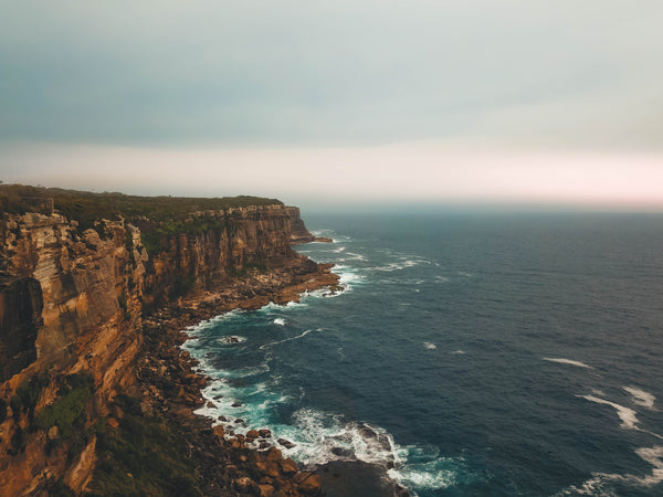 Hazy morning in Sydney - Ocean, Rocks and Sunrise
