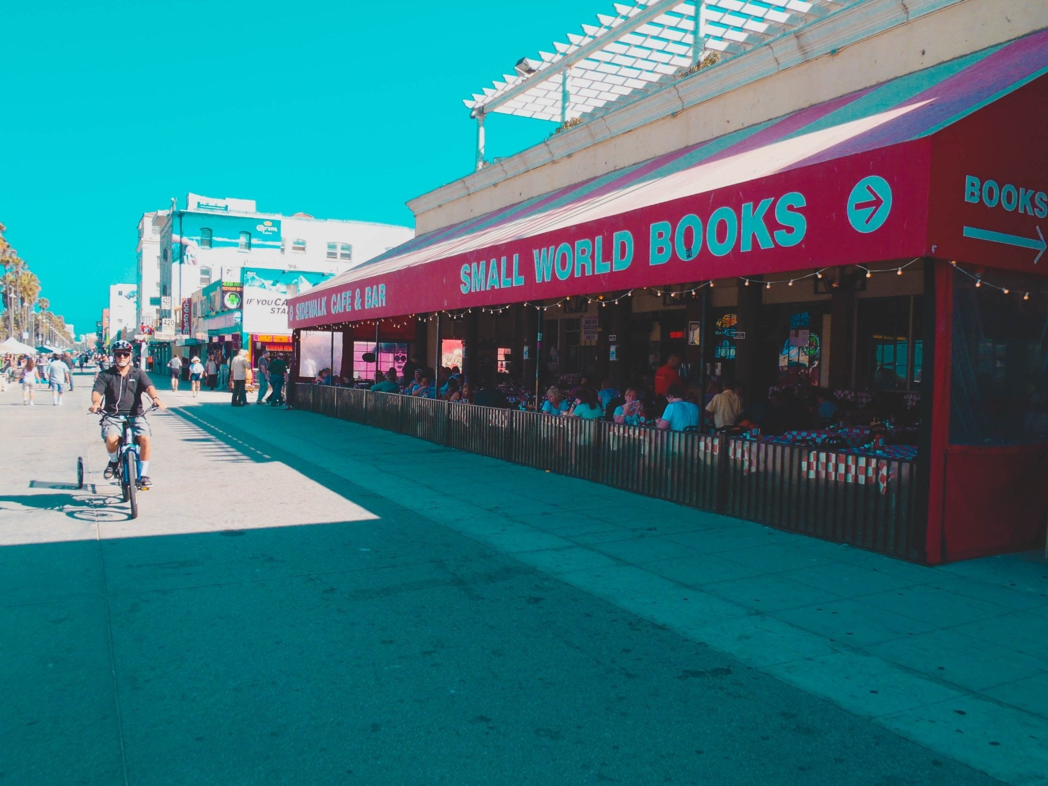 Venice Beach - The Sidewalk Café