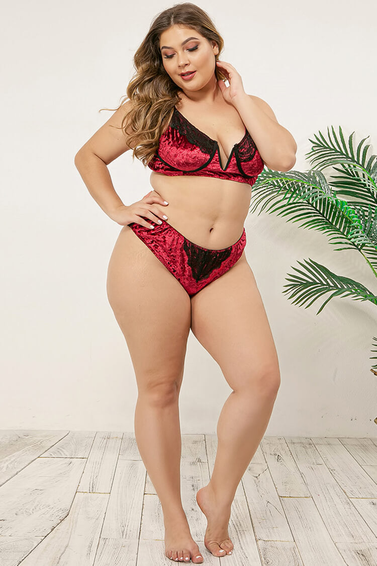 Plus Size Sexy Lace Velvet V Neck Lingerie Set