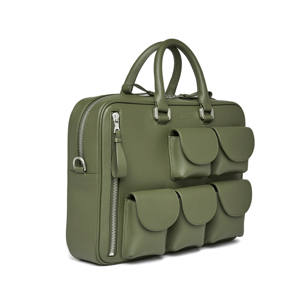 Valas Explore Bag in Olive with outside pockets on Well(un)known Available at wellunknown.com