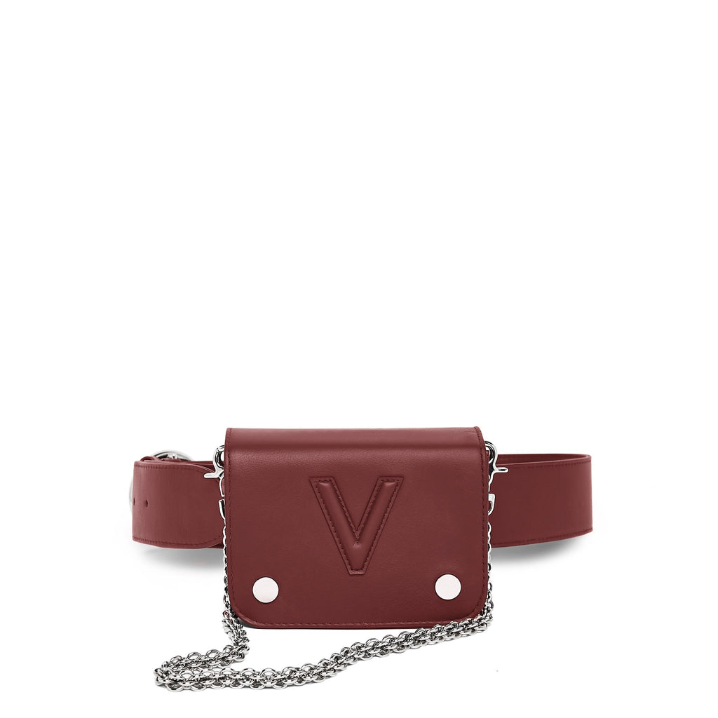 Valas Whit Whit Bag in Burgundy with silver chain on Well(un)known Available on Wellunknown.com