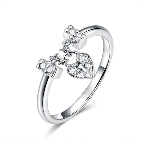 925 Sterling Silver Ring With Crystals - Love Lock