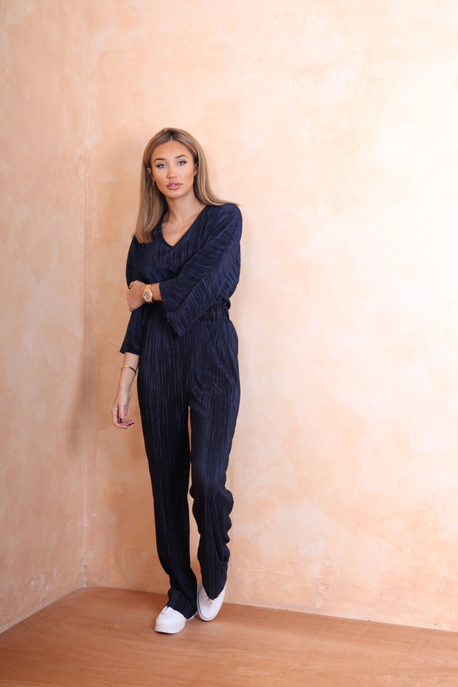 Navy Ribbed Tracksuit - StudioMouthy