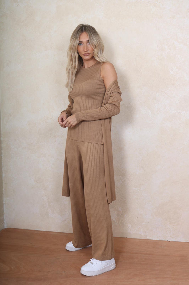 Camel 3 piece lounge wear - StudioMouthy