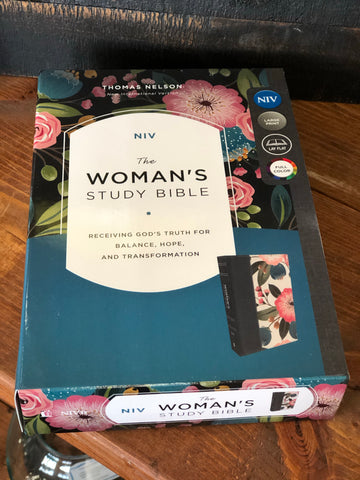 Thomas Nelson NIV The Women's Study Bible