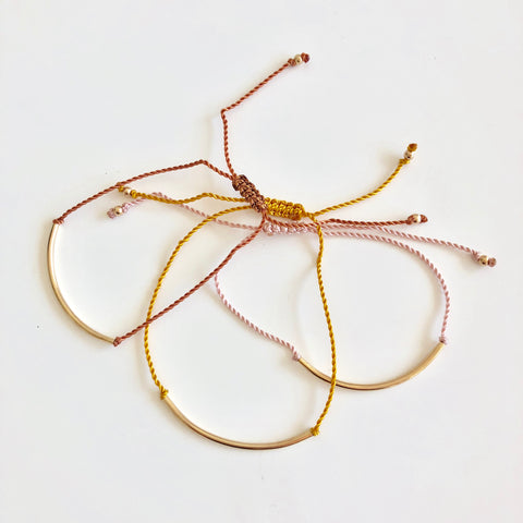 Arc Friendship Bracelet