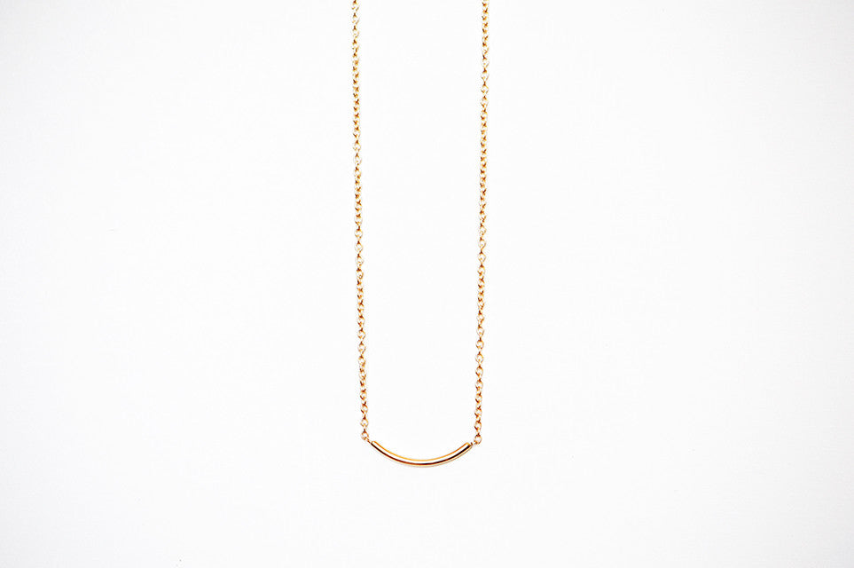 Thread Arc Necklace - Small