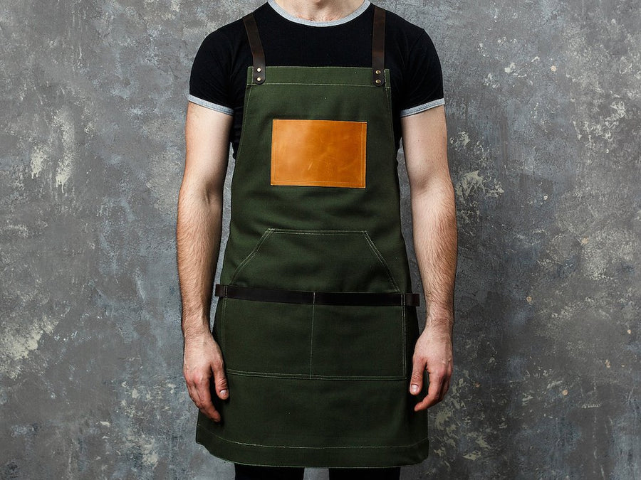 Personalized apron - green restaurant.