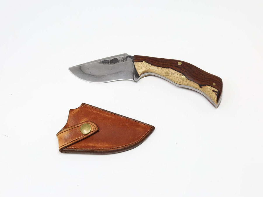image of small pocket knife