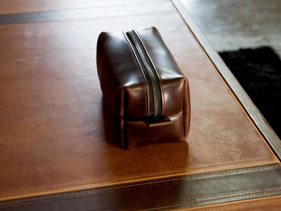 brown leather dopp kit photo