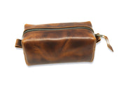 chestnut leather dopp bag image