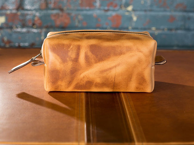 horween natural leather dopp kit image