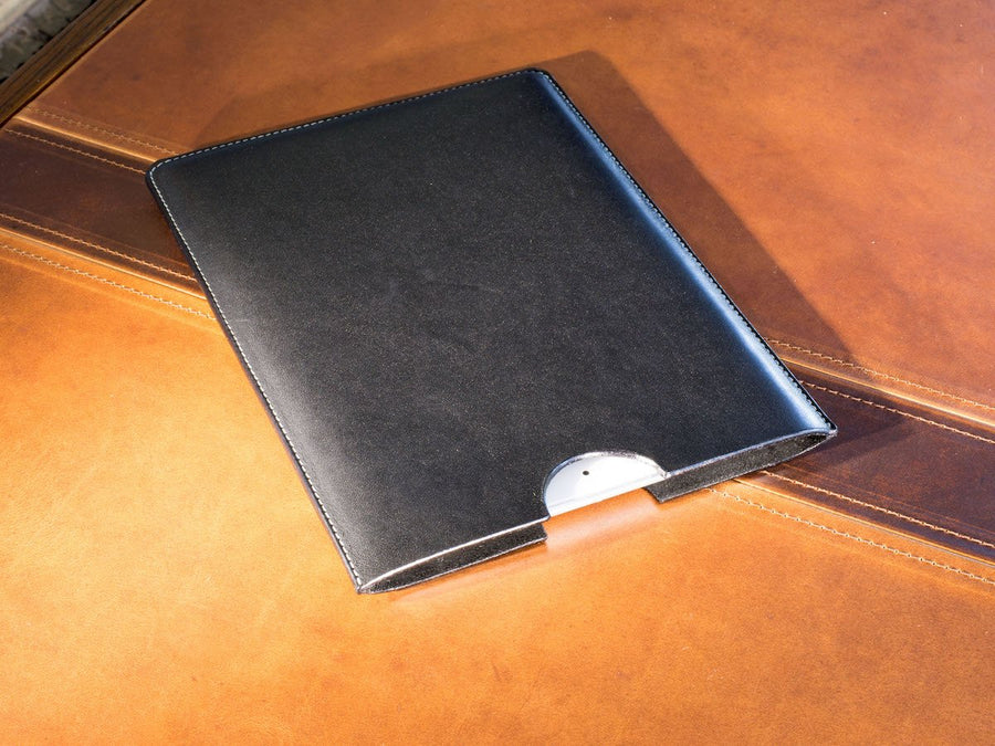 photo of black leather sleeve for ipad