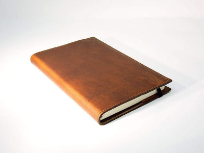 photo of large chestnut horween leather journal
