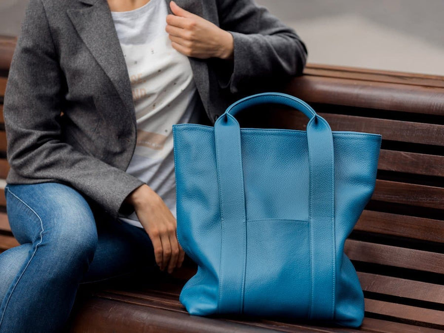 photo of urban tote bag blue