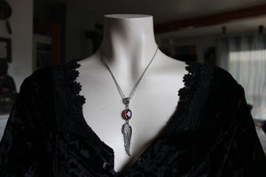 COLLECTION ROUGE *Collier aile