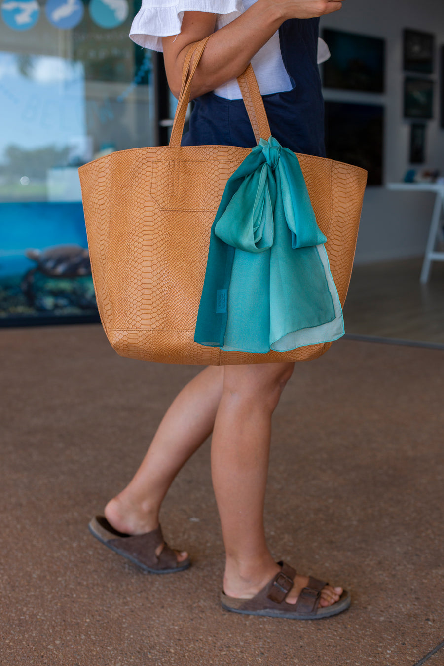 Silk Scarf Hill Inlet Bag