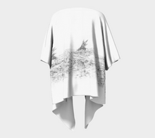 Load image into Gallery viewer, Pastoral Landscape Kimono