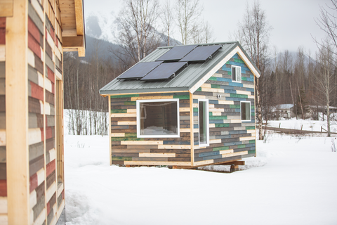 Beautiful off-grid cabin with solar power system