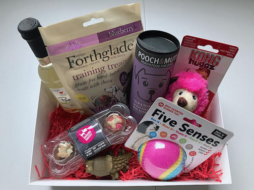 The Valentine's Gift Box For Dogs - My Pet Gift Box - My Pet Gift Box