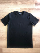 Load image into Gallery viewer, Luxury Plain Black Tshirt