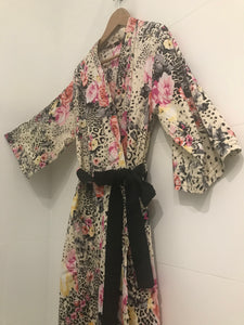 Jade and May, Jade and May Kimono Dressing Gown, Rosie, Cotton with Silk Belt, Pinks, Pattern, Leopard Print, Sleepwear, Nightwear for women, Loungewear for women, Gifts for women, Ladies Presents, Luxury