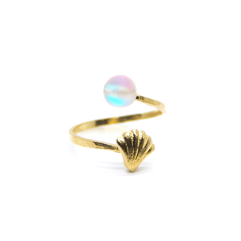 Spiral Mini Shell with Magic Pastel Pearl Ring