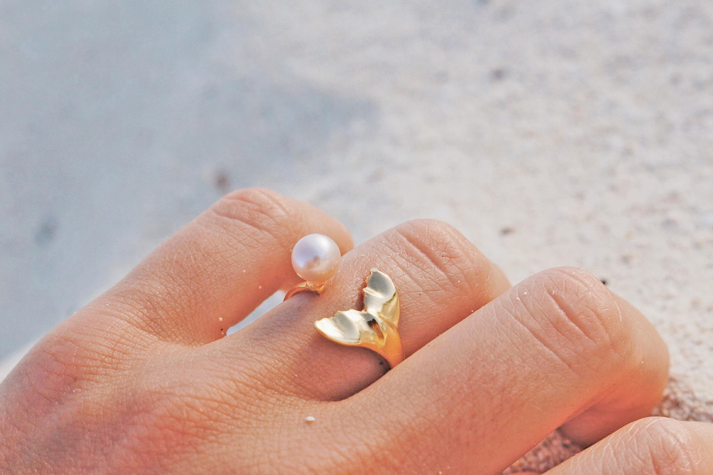 Whale Tail with White Pearl Ring