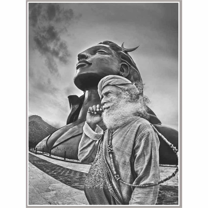 Sadhguru Photo Book by Raghu Rai (Standard Edition) - Isha Life AU