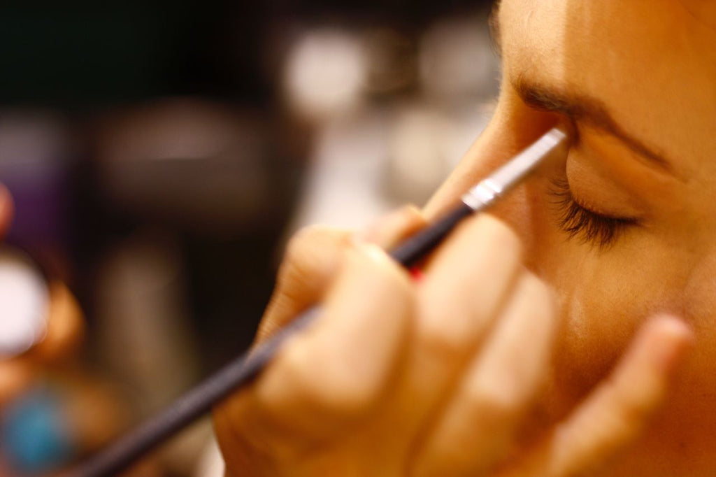 How do dirty brushes affect the quality of your make-up?  We're glad you asked.