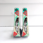 Lt Turquoise/Red Feather Stirrups