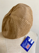 "Load images into the gallery viewer,Anne number of""that beret""corduroy Ver by YARMO"