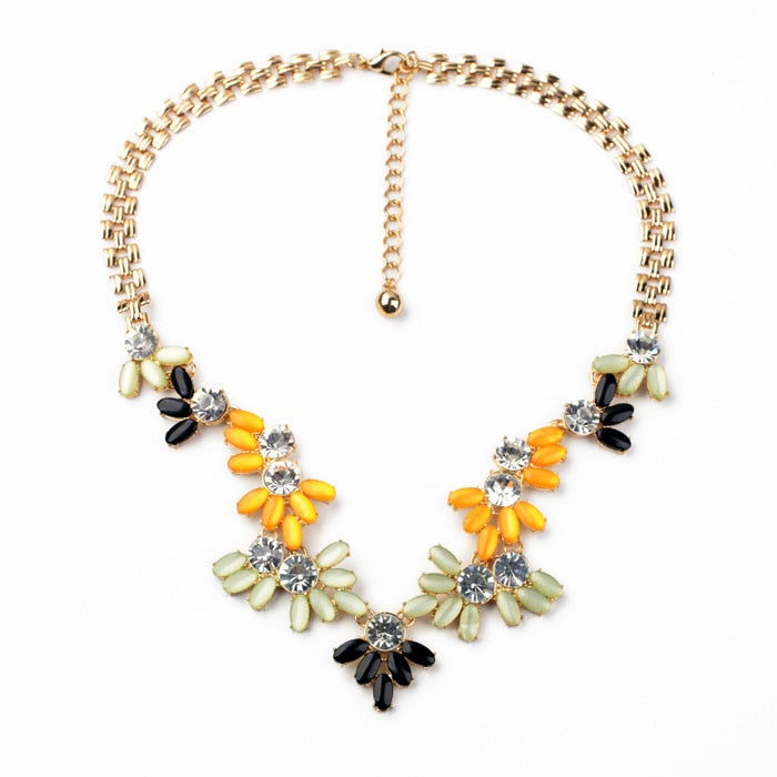Dress Match Best Seller New Arrival Resin Zinc Alloy Wide Gold Color Chain Women Gem Bright Colorful Statement Necklace
