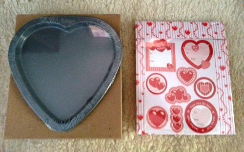 Wilton Love Heart Cookie Pan & Gift Box Kit