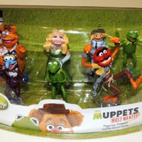 Muppets Most Wanted 7 Figure Playset, Kermit, Miss Piggy, Fozzie, Gonzo, Animal and Walter