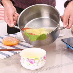 Anti-spill Silicone Slip On Pour Soup Spout Funnel Or Pots Pans And Bowls And Jars Kitchen Gadget Water Deflector Tool