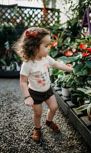 Busy As A Bee Short Sleeve Organic Bodysuit