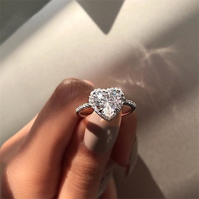 Classic Engagement Ring 6 Claws Design AAA White Cubic Zircon for Women