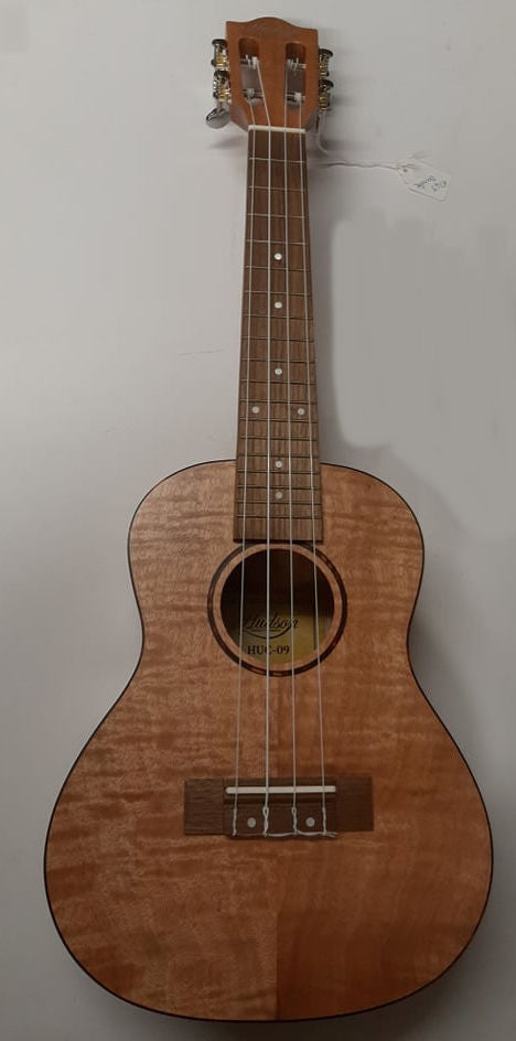 NEW!! Hudson HU-09 Flamed Maple Concert Uke BUNDLE