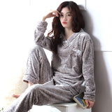 Madame Noy Winter collection tendance femme asiatique pyjama cole en V gris gray elephant pajama / XXL Madame Noy | Mode, Lifestyle & Déco | Thaï | Lao | Khmer | Viet