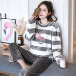 Madame Noy Winter collection tendance femme asiatique pyjama cole en V gris striped pajama sets / XXL Madame Noy | Mode, Lifestyle & Déco | Thaï | Lao | Khmer | Viet
